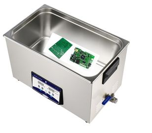 China 30L 600W Benchtop Ultrasonic Cleaner ,PC board ultrasonic cleaner distributor